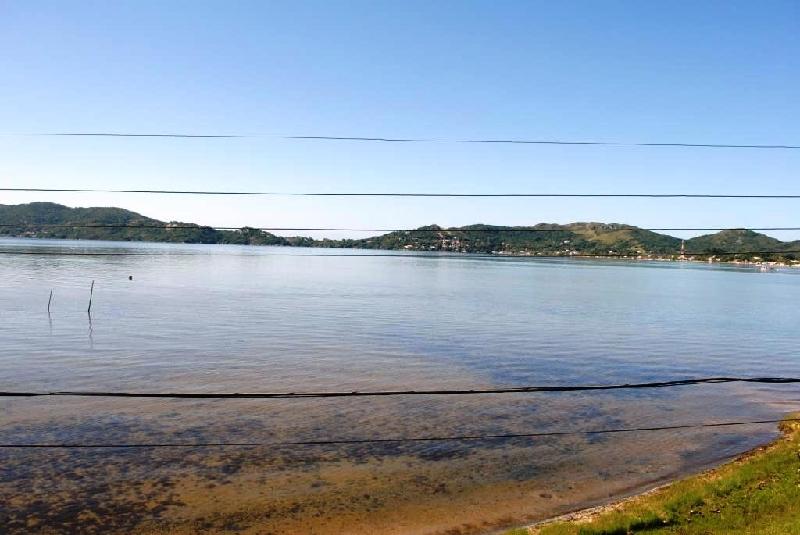 Casa de 3 dormitórios em Lagoa Da Conceicao, Florianopolis - SC