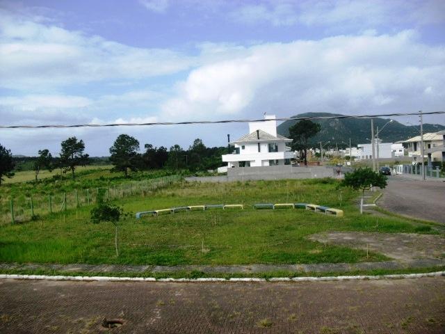 Casa de 3 dormitórios em Rio Vermelho, Florianopolis - SC