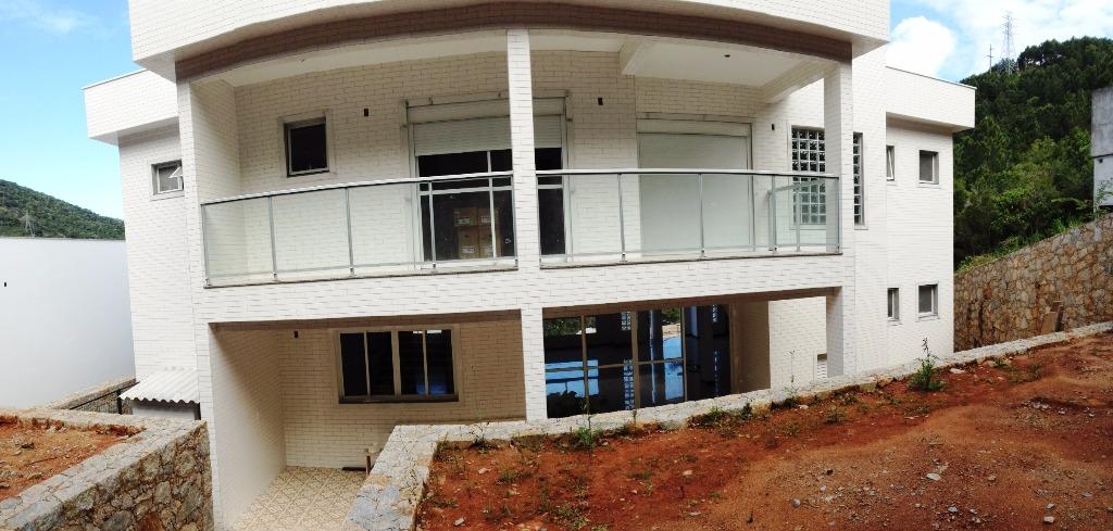 Casa de 4 dormitórios em Itacorubi, Florianopolis - SC