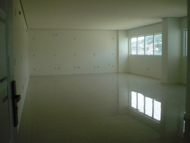 Salas/conjuntos à venda em Centro, Florianopolis - SC