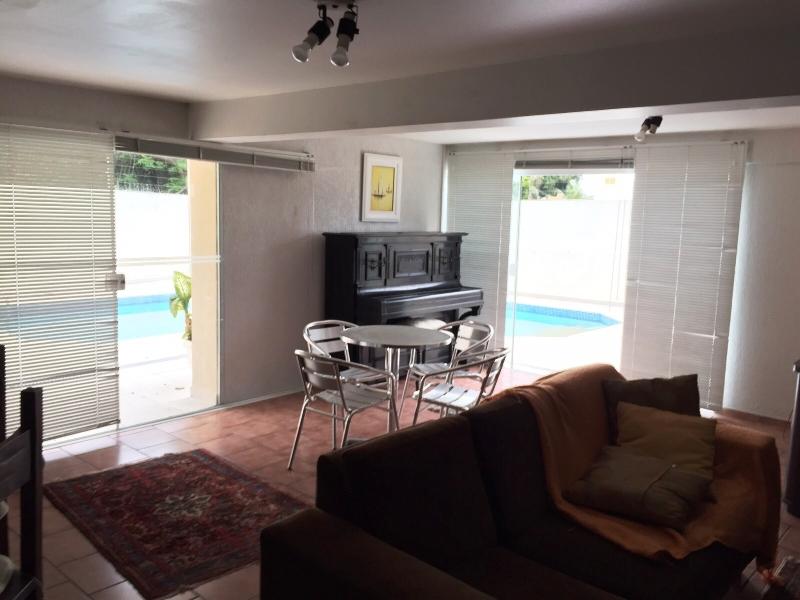 Casa de 4 dormitórios à venda em Coqueiros, Florianopolis - SC