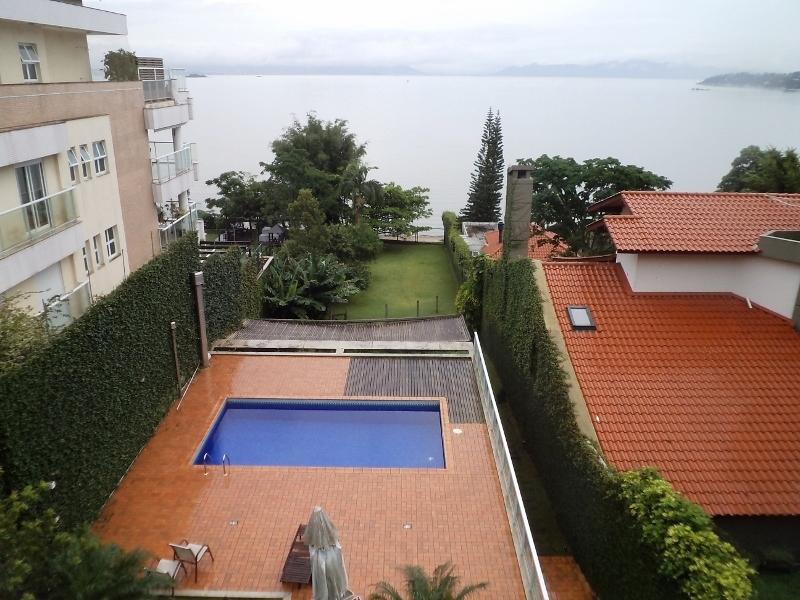 Casa de 4 dormitórios à venda em Joao Paulo, Florianopolis - SC
