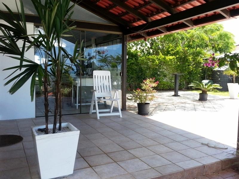 Casa de 3 dormitórios em Santinho, Florianopolis - SC
