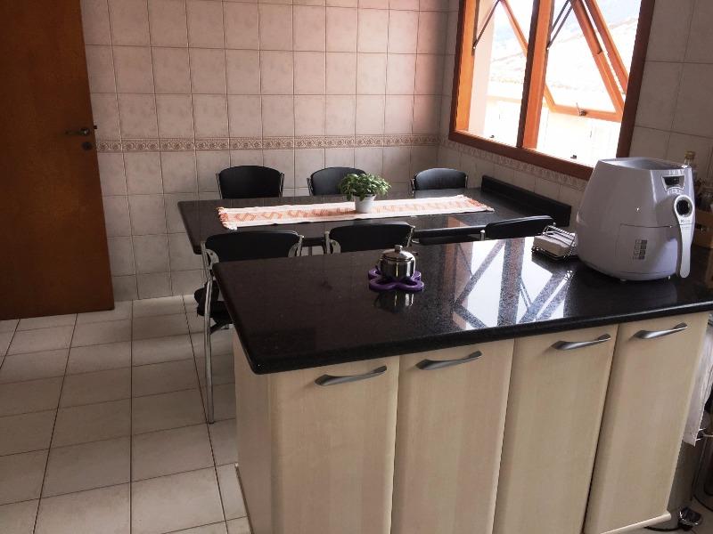 Casa de 4 dormitórios em Joao Paulo, Florianopolis - SC