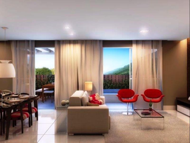 Casa de 2 dormitórios em Morro Das Pedras, Florianopolis - SC