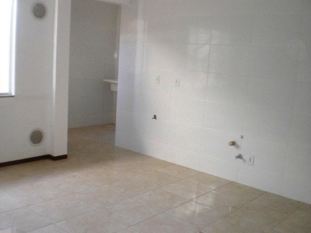 Apartamentos de 2 dormitórios em Carianos, Florianopolis - SC