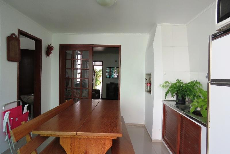 Casa de 3 dormitórios em Joao Paulo, Florianopolis - SC