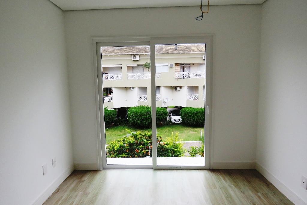 Casa de 3 dormitórios em Canto Da Lagoa, Florianopolis - SC