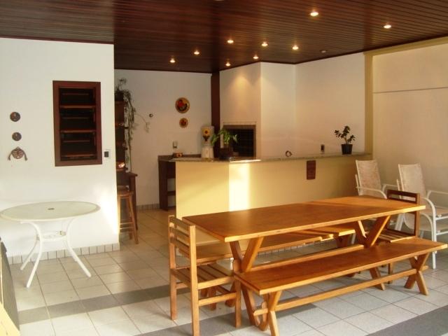 Casa de 4 dormitórios à venda em Lagoa Da Conceicao, Florianopolis - SC