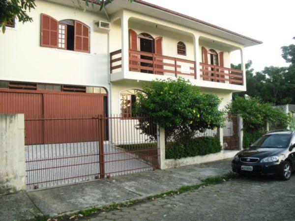 Casa de 6 dormitórios em Santa Monica, Florianopolis - SC