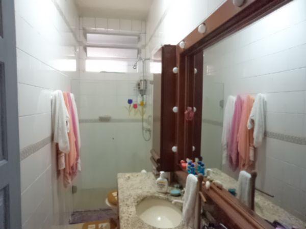 Casa de 2 dormitórios em Centro, Florianopolis - SC