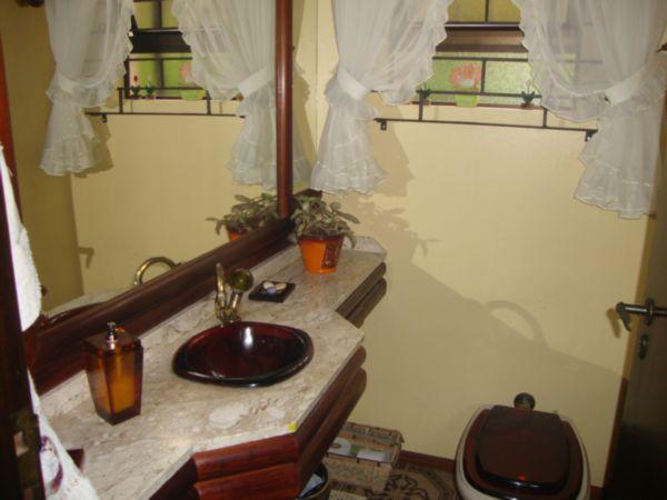 Casa de 3 dormitórios em Jose Mendes, Florianopolis - SC