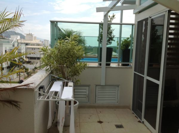 Coberturas de 2 dormitórios à venda em Campeche, Florianopolis - SC