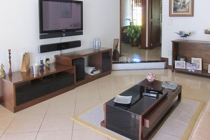 Casa de 4 dormitórios à venda em Parque Sao Jorge, Florianopolis - SC