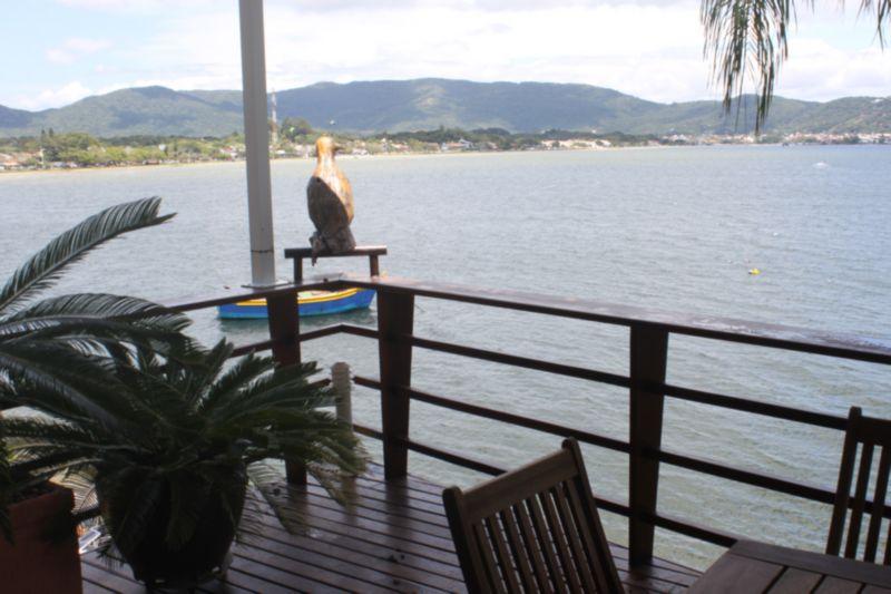 Casa de 3 dormitórios à venda em Lagoa Da Conceicao, Florianopolis - SC