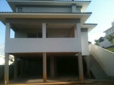 Casa de 3 dormitórios em Pedra Branca, Pedra Branca - SC