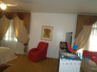 Casa de 5 dormitórios em Estreito, Florianopolis - SC
