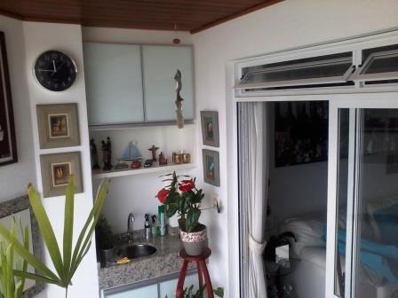 Apartamentos de 3 dormitórios à venda em Abraao, Florianopolis - SC