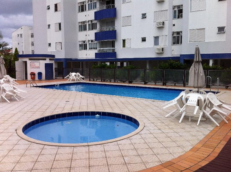Apartamentos de 3 dormitórios em Abraao, Florianopolis - SC