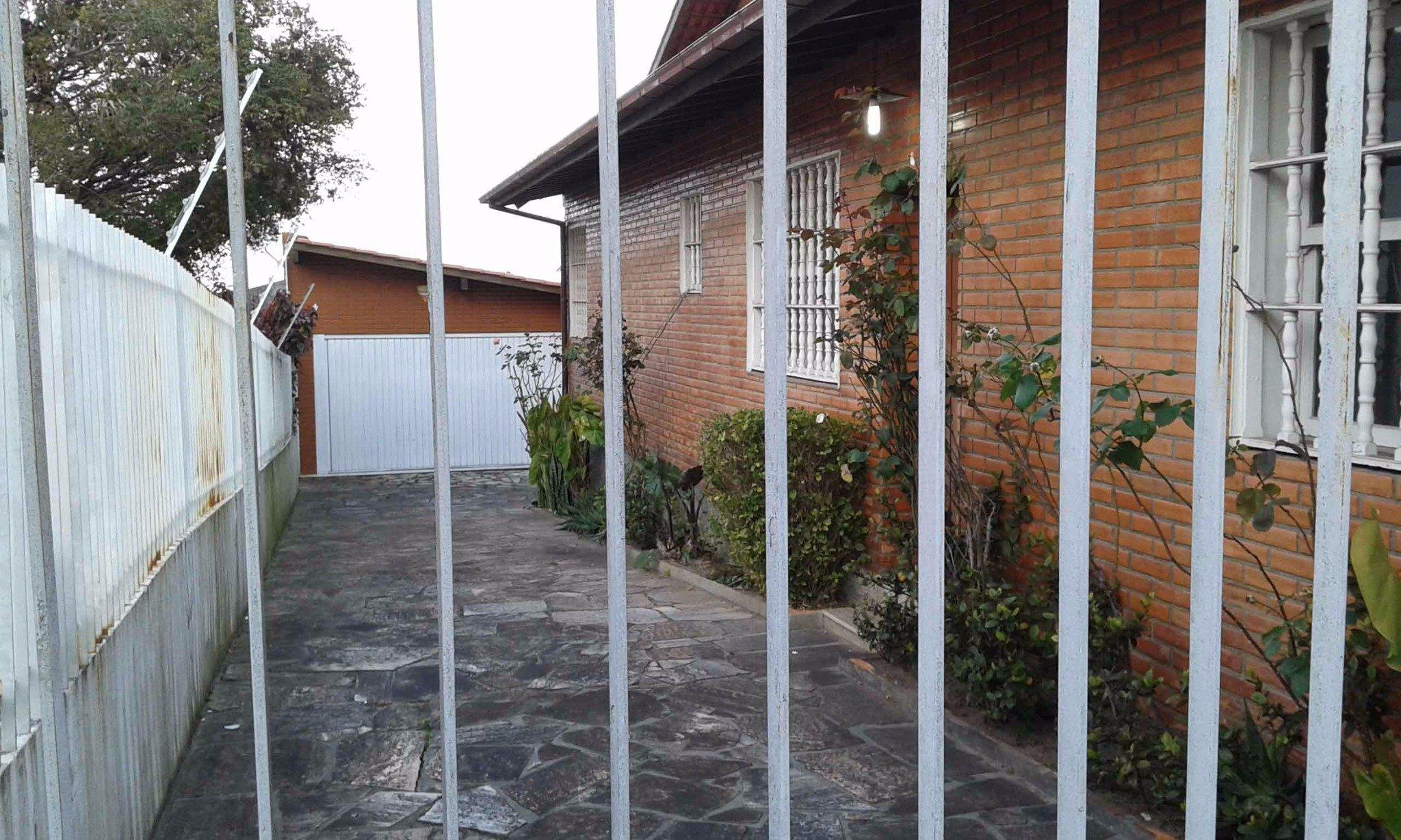 Casa Comercial à venda em Coqueiros, Florianópolis - SC