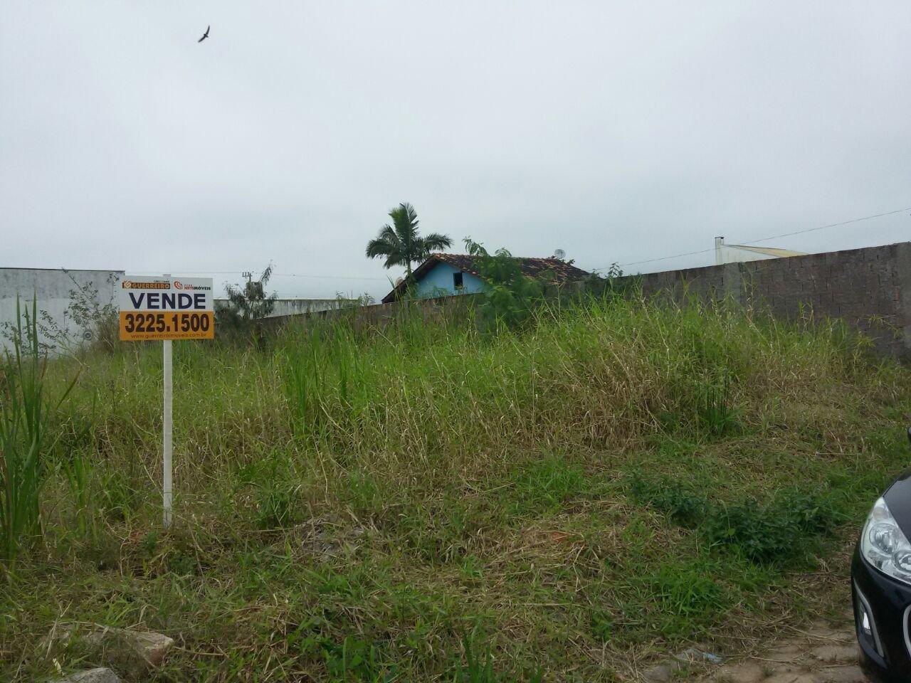 Terreno à venda em Carianos, Florianópolis - SC