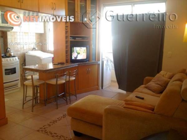 Apartamentos de 2 dormitórios à venda em Córrego Grande, Florianópolis - SC