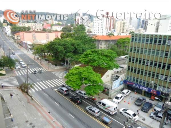 Salas/conjuntos à venda em Centro, Florianópolis - SC