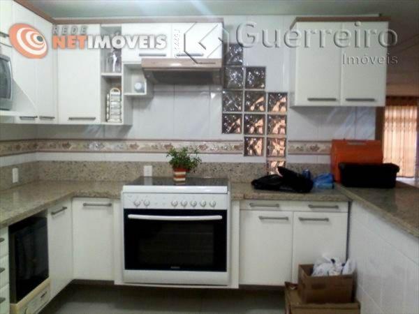 Casa de 3 dormitórios à venda em Ipiranga, São José - SC