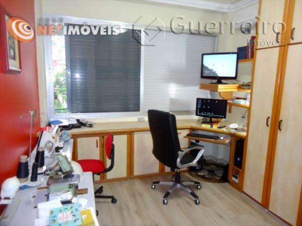 Apartamentos de 3 dormitórios à venda em Centro, Florianópolis - SC