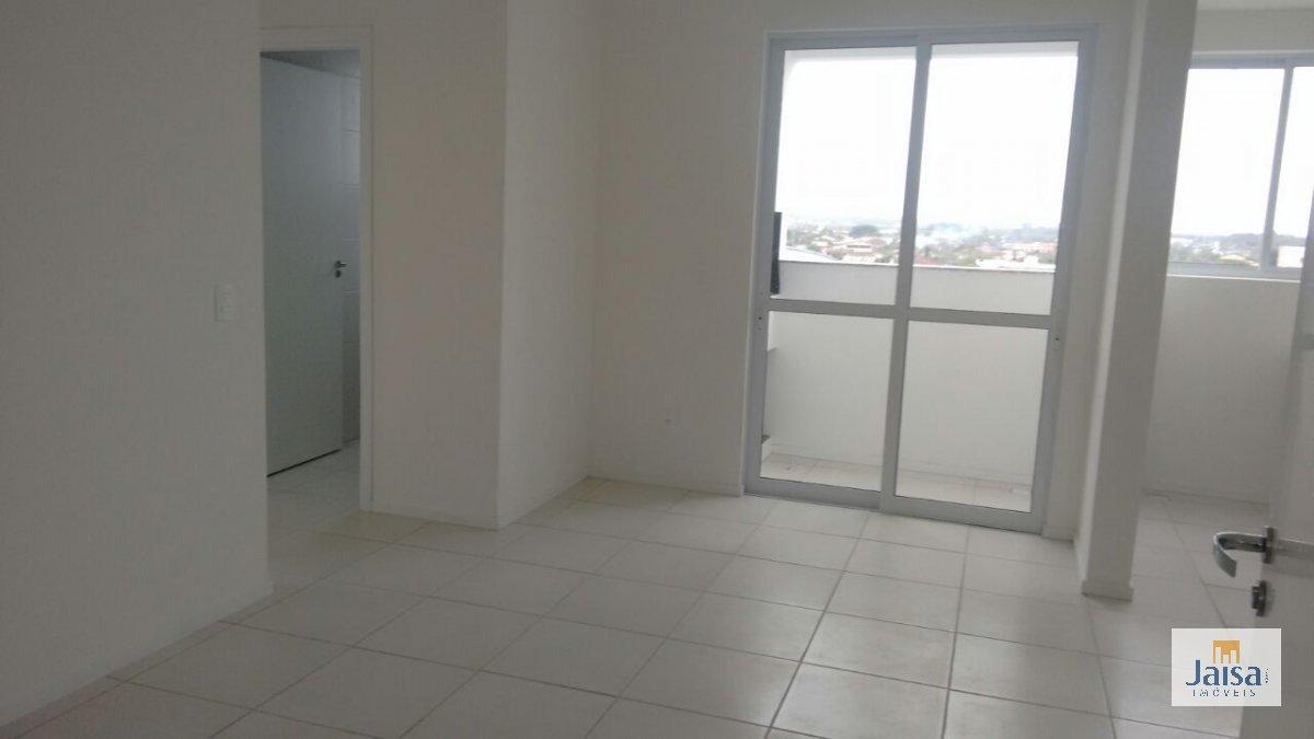 Apartamento com 2 Dormitórios à venda, 66 m² por R$ 155.000,00