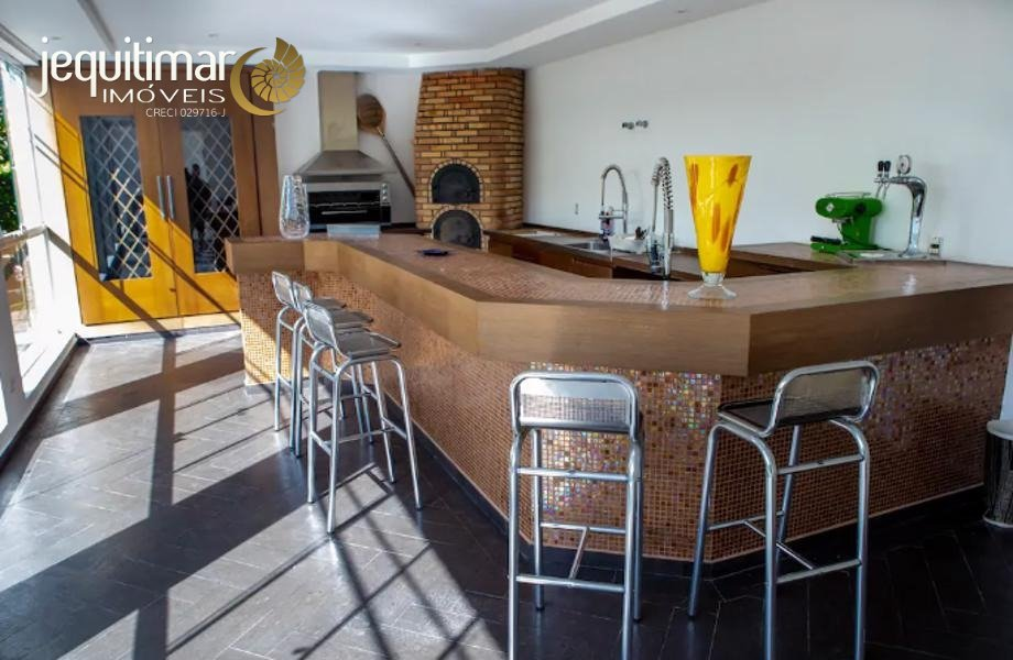 Bar interior + forno de pizza