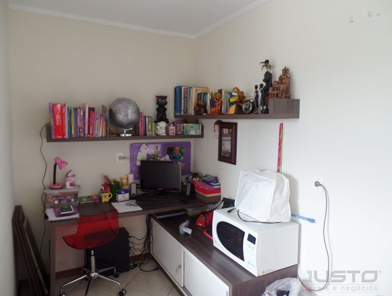 18 HOME OFFICE