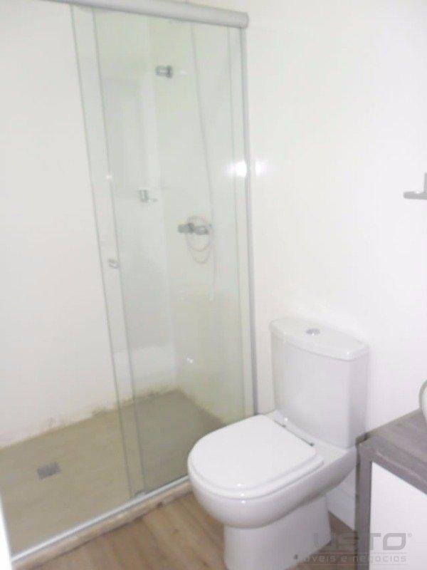 17 banheiro social