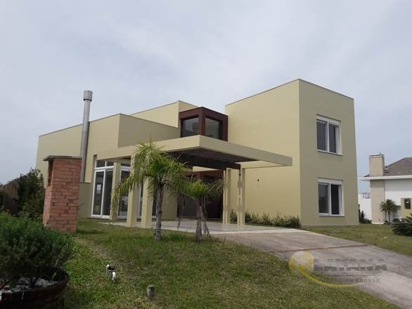 Casa em Condom�nio Itapeva Torres