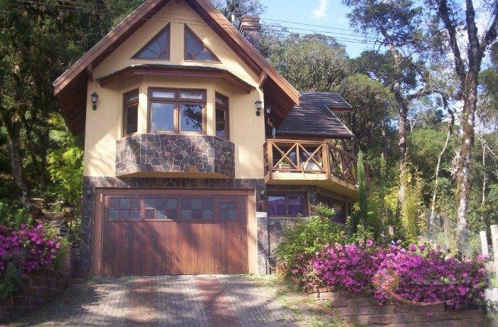 Casa em Condom�nio Quinta da Serra Canela