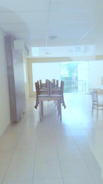 Apartamento no bairro Protasio Alves. Em estado de novo, com  02 dormitório, amplo living ambiente, cozinha, banheiro, sacada e 1 vaga de garagem. Condomínio com piscina, salão de festas, play ground, toda infraestrutura do bairro com segurança.
