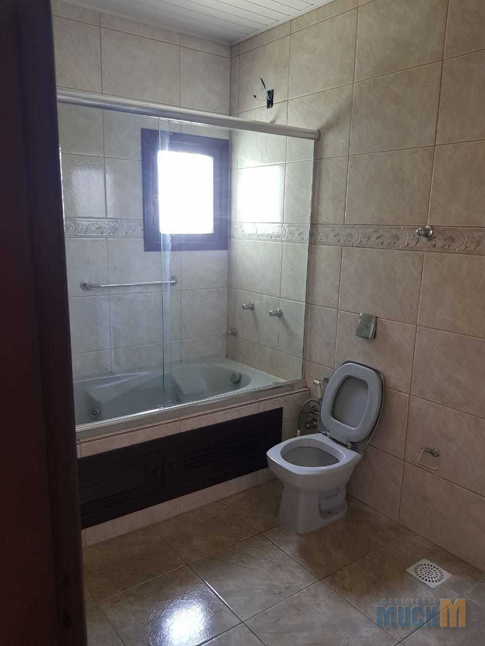 150_banheiro_suite.jpg