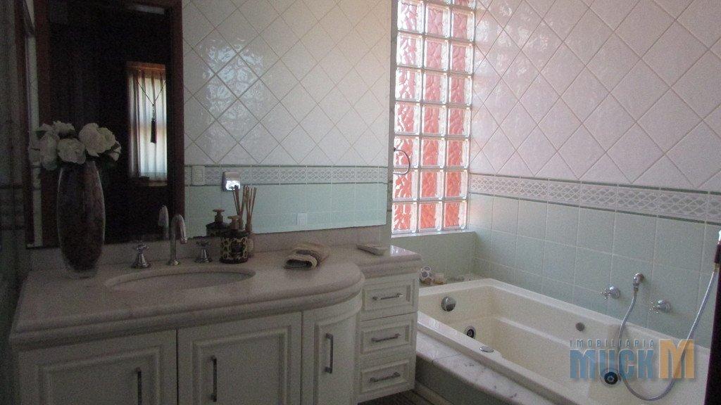 120_banheiro_suite.jpg