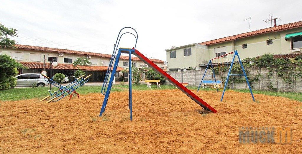 160_playground.jpg