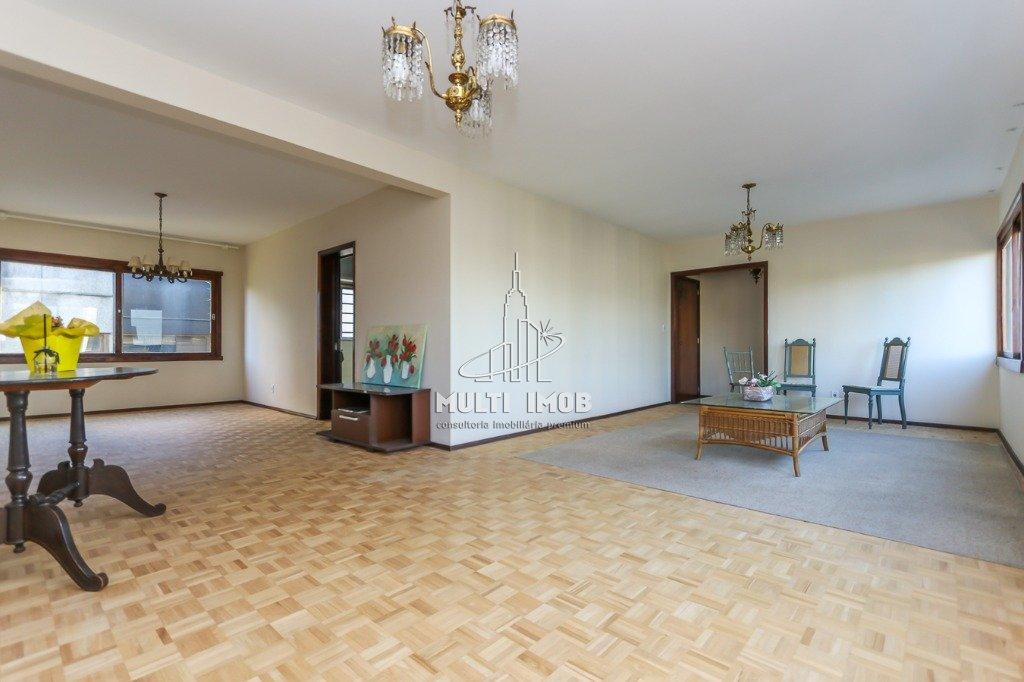 Apartamento  3 Dormitórios  1 Suíte  2 Vagas de Garagem Venda e Aluguel Bairro Auxiliadora em Porto Alegre RS