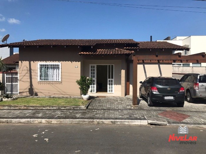 Casa em Condominio Vila Nova Joinville