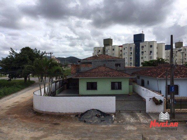 Casa Jardim Iririú Joinville