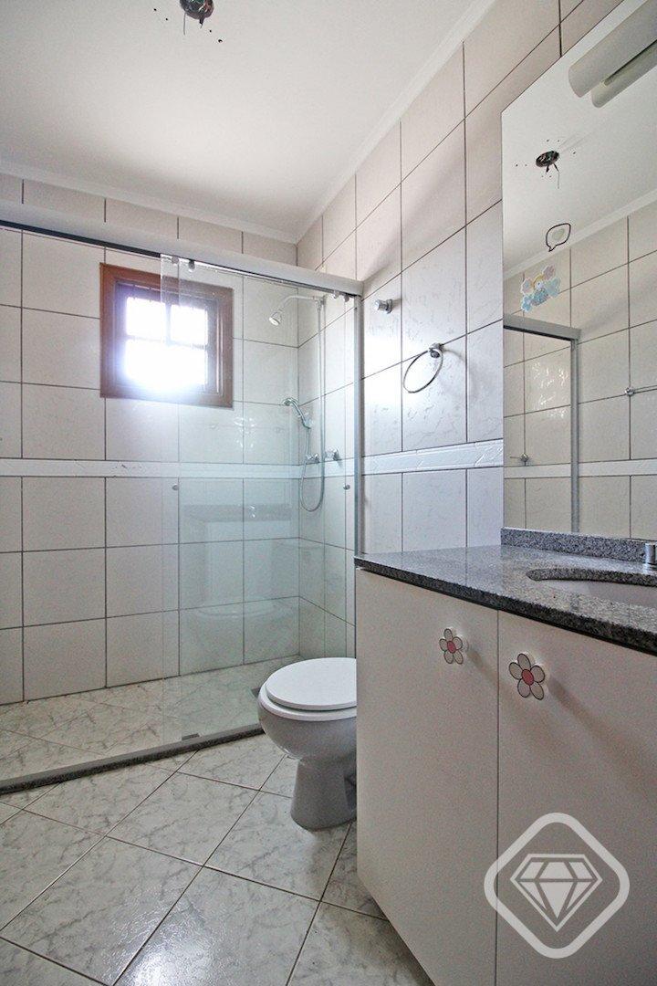 Casa para Venda 200 m²  com 3 quartos