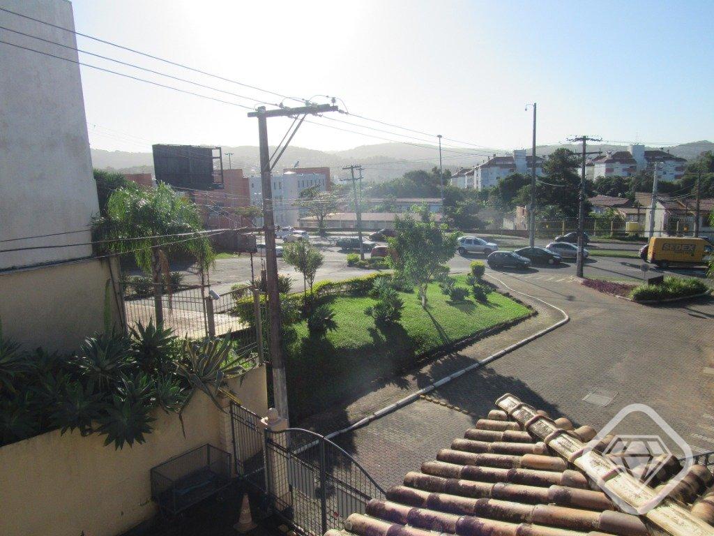 Mais 25 foto(s) de CASA 2D - PORTO ALEGRE, Cavalhada