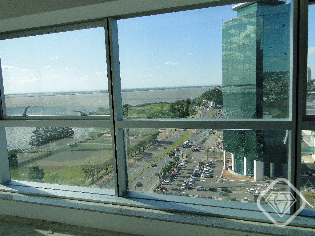 Salas/conjuntos em Cristal, Porto Alegre - RS