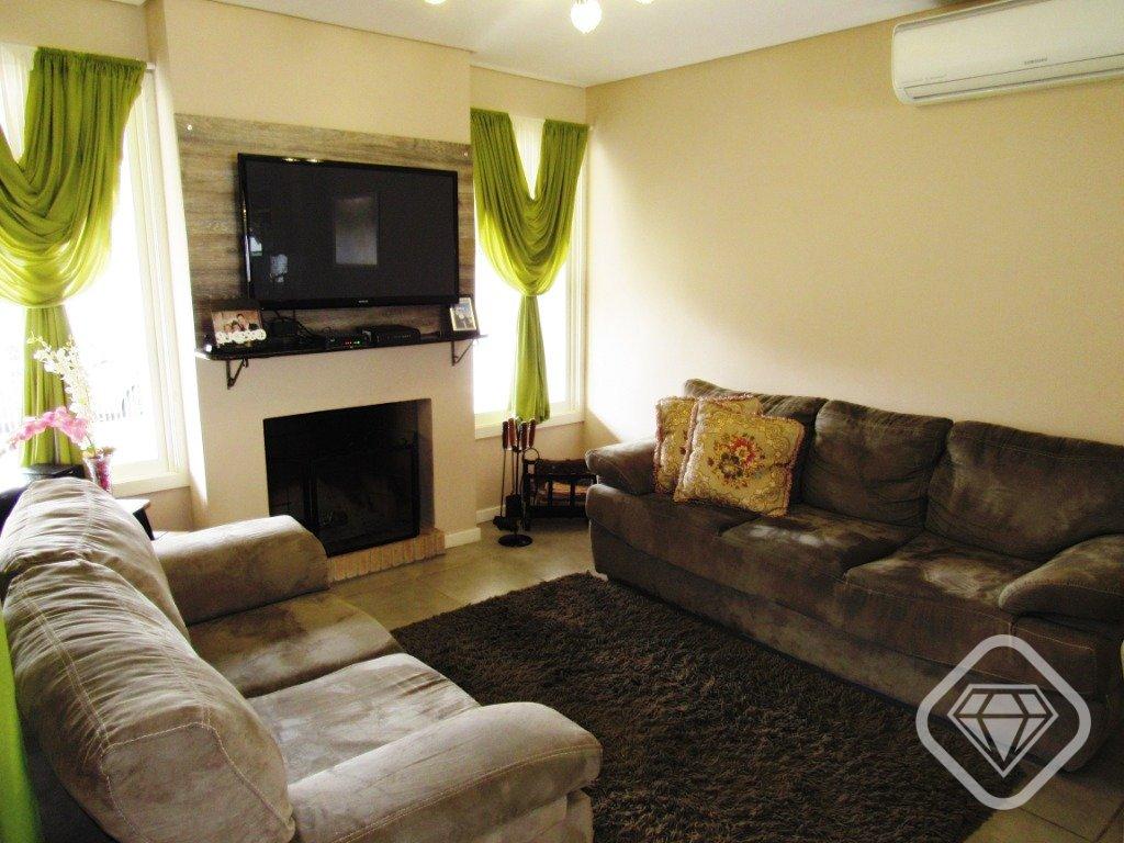 Casa em Condomínio com quartos para Alugar, 154.57 m²