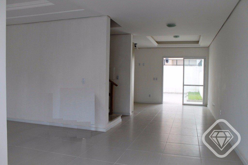 Casa de 5 dormitórios em Hipica, Porto Alegre - RS