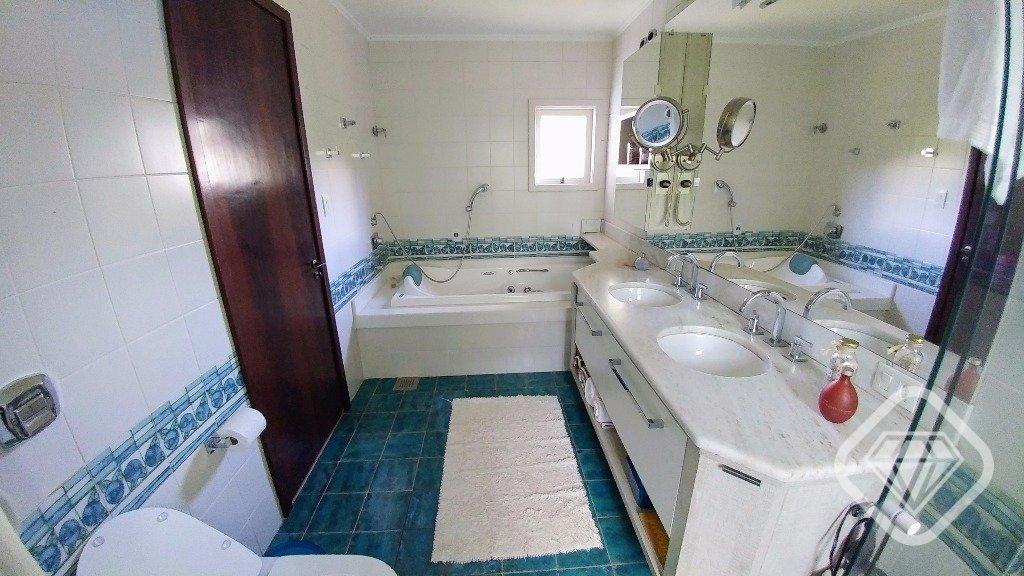 Casa para Venda 440 m²  com 3 quartos