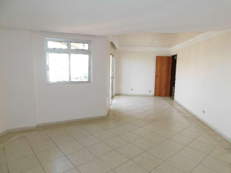 Apartamento com 04 quartos no Setor Oeste