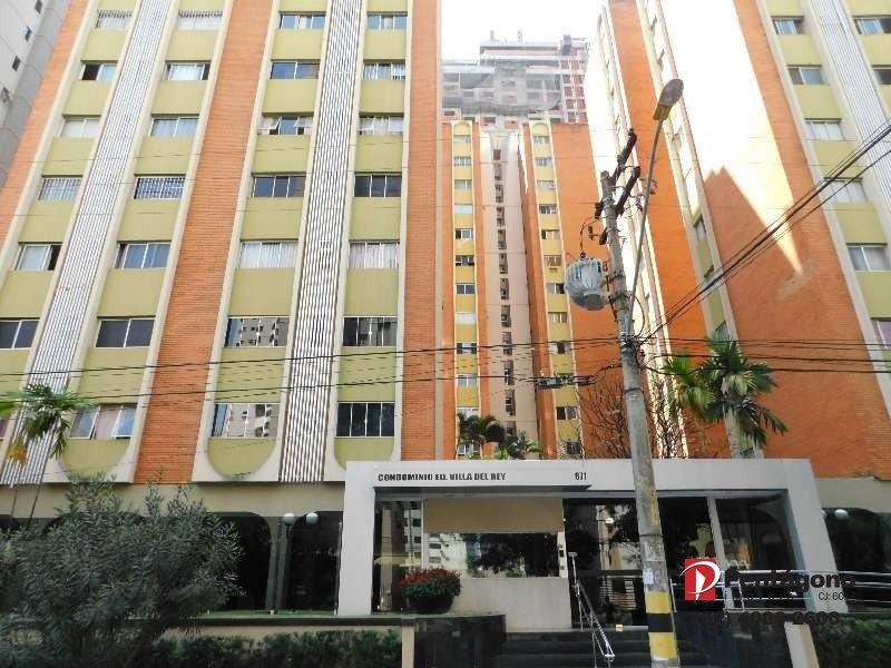 Apartamento com 02 Quartos mobiliado Setor Bueno